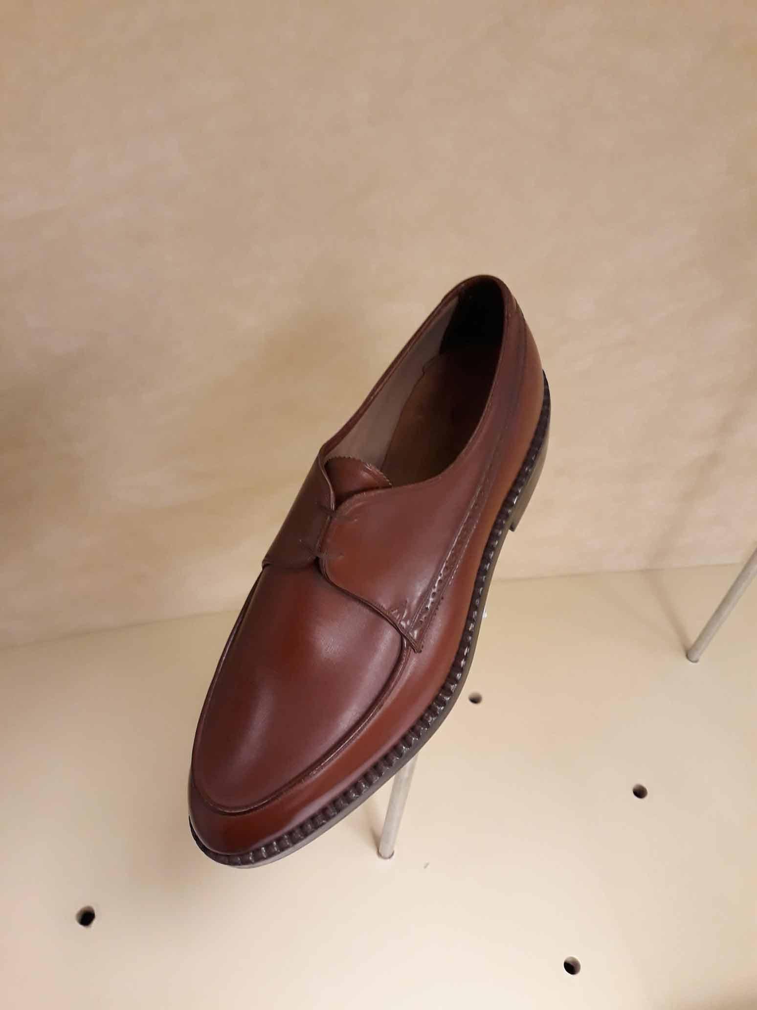 Zapato de hombre de Morro